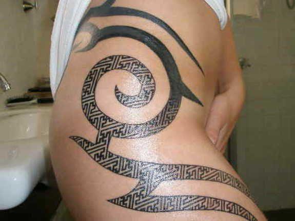 gettattoosideas.com/tribal-tattoos/Impressive Tribal Hip Tattoos (13)
