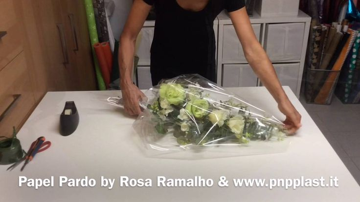 Gift wrapping -  Wrapping some flowers