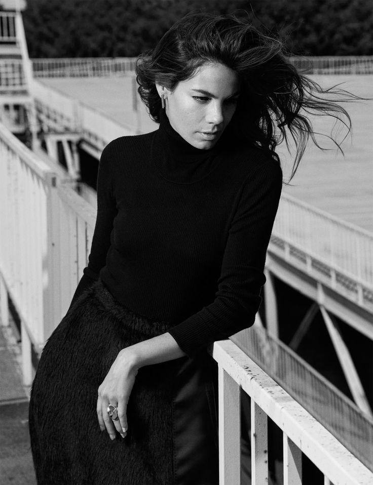 Michelle-Monaghan-Photo-Shoot02