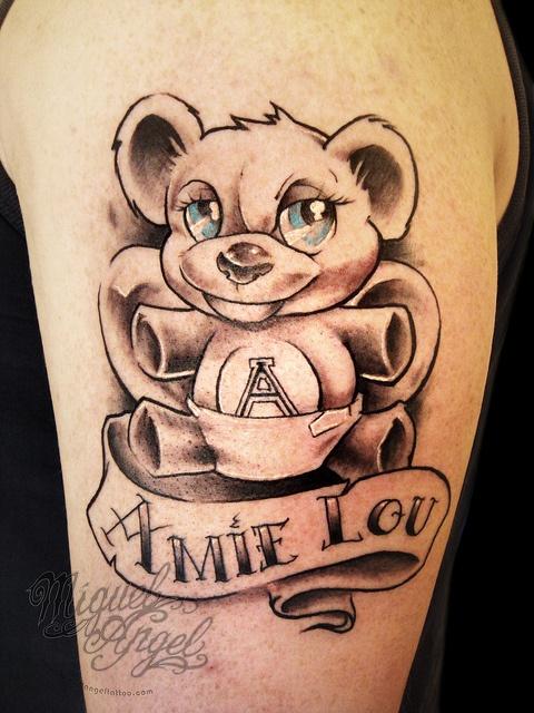 ami lou spelt wrong but close eh melissa dominic street tattoos pinterest name tattoos. Black Bedroom Furniture Sets. Home Design Ideas