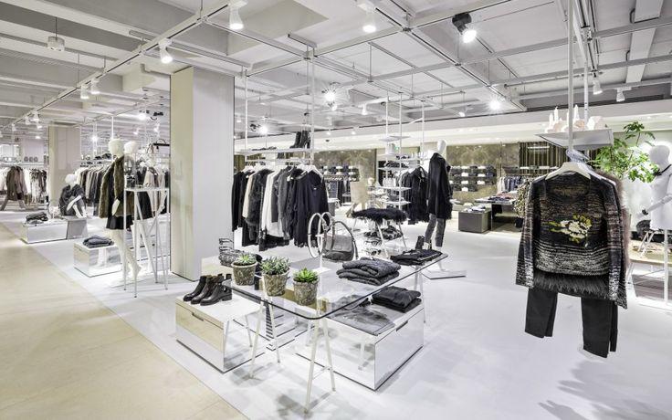 Engelhorn, Mannheim Germany opens up new design floors, pinned by Ton van der Veer