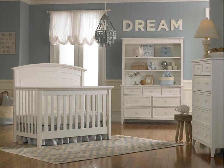 Dolce Babi | Primo Collection Convertible Crib - Snow White Finish (Room Color: Sherwin Williams 6226)