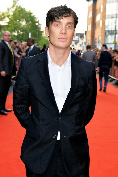 Cillian Murphy will be attending the premiere of In the Heart of the Sea at Leicester Square next week and making the red carpet that much more beautiful! It's been awhile. (Pictured here at the premiere of Peaky Blinders S2 in Birminghmam in Sept 2014)