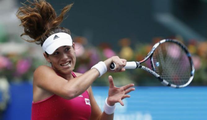 Carla Suarez Navarro and Flavia Pennetta go through to the semifinals in Sofia