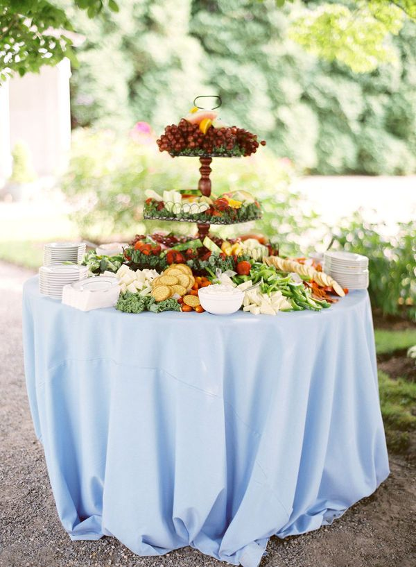 how to cut a round fruit wedding cake top 25 ideas about fruit tables on individual 15620