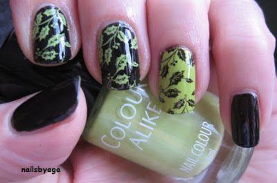 Nails by Aga: Ostrokrzew trochę mniej świąteczny