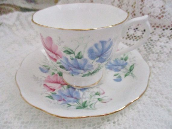 Royal Albert Sweet Pea Friendship Series teacup and saucer, pink & blue sweet peas, girlfriend gift, birthday gift, excellent condition