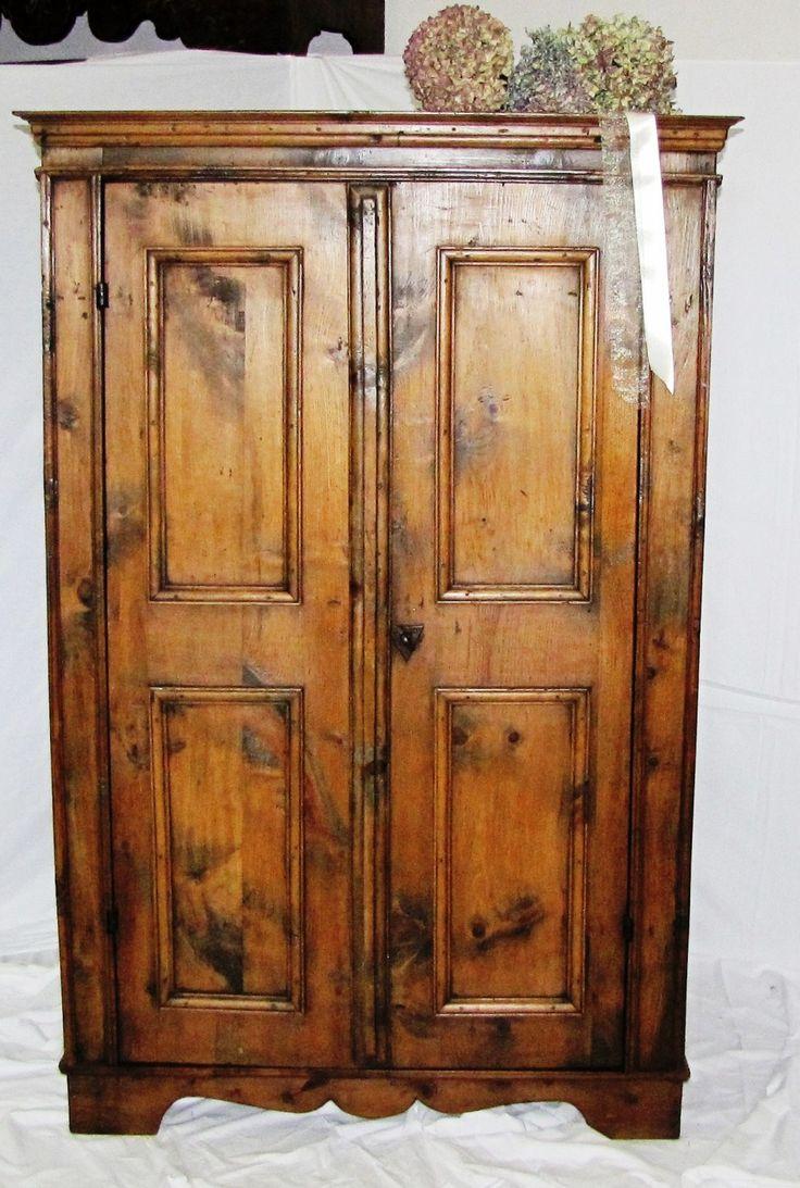 Armadio - provenienza Valle Isarco | Antichità Evelina - Vendita mobili antichi tirolesi
