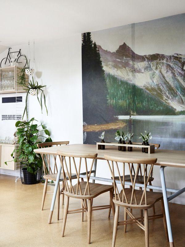 Midcentury dining room \\ wall decor