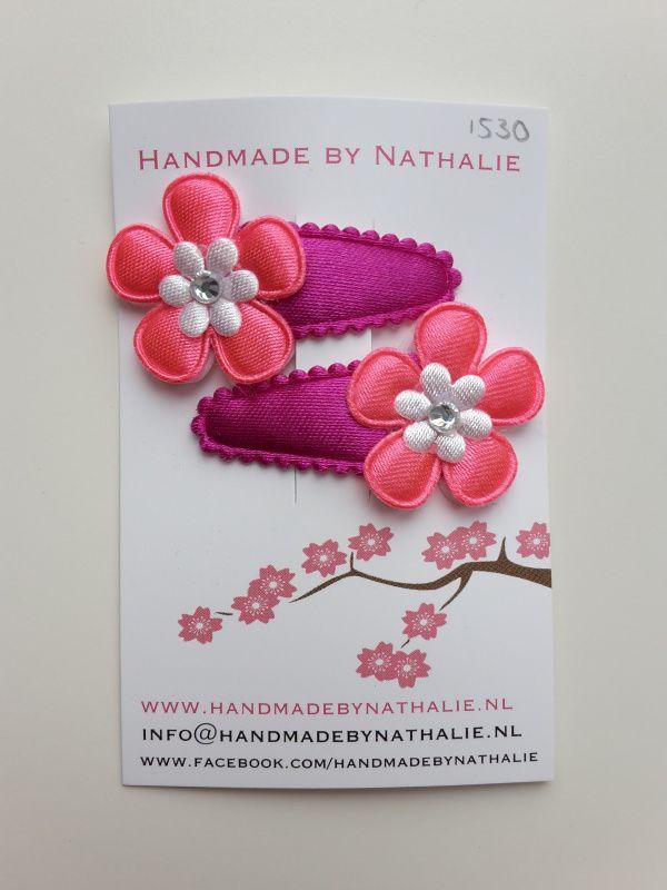 Neon paarse haarspeldjes met bloemen