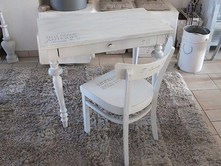 Antiker Sekretär mit passendem Stuhl in weiß/grau von elfloraART auf DaWanda.com
