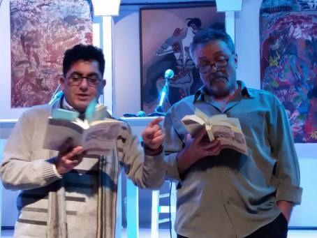 Απόσπασμα από το ιστορικό μυθιστόρημα του Γιώργου Ηλιάδη «Τα δυο πουγκιά», Εκδόσεις Ραδάμανθυς …Μια νύχτα, στις 24 του Μάρτη έγινε η συνάντηση δυο καπεταναίων της Αντίστασης, κάπου στο βουνό.…