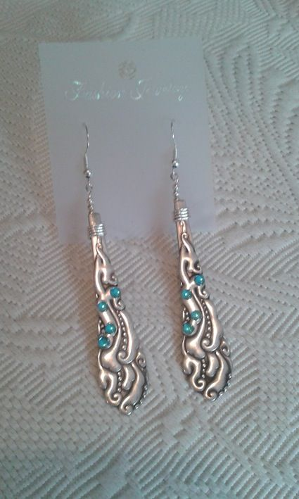 Earring with old spoon and blue rhinestones. Ecological handmade creations http://melylefay.wix.com/avaloncreations