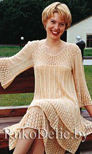 Трехслойное женское платье, связанное спицами