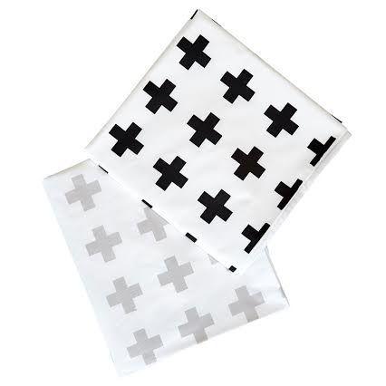 Bedding Set - Swiss Cross | 100% Cotton Percale | Available: Standard Cot Size Duvet cover (incl pillowcase) | Single Bed Duvet cover (incl pillowcase) | Fitted Sheet | Fitted Sheet Size: 130 x 64 x 10 cm | Baby Duvet Size: 80 x 120 cm | Pillow Size: 30 x 40 cm | Colour: Black / Grey