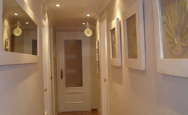 Las 25 mejores ideas sobre largo pasillo en pinterest - Como decorar un pasillo largo y estrecho ...