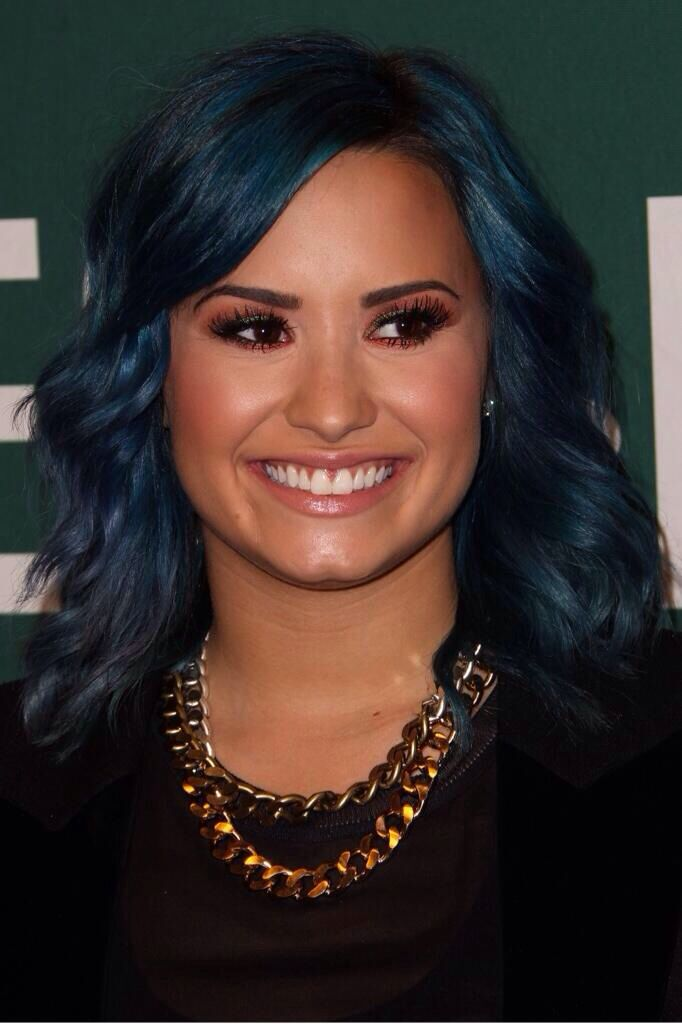 devonne lovato happen demi lovato earth god thing forward demi lovato
