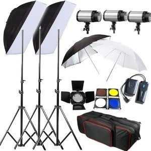 BPS 750 W 750 W Professional Studio di illuminazione Flash Strobe Kit Set per la Fotografia, sono disponibili 3x 250 watt Luci stroboscopiche,3x stativi ,2x ombrelli,2x softbox 50* 70cm,1x trigger wireless ,1x Alette, 1x Carrybag #Camera