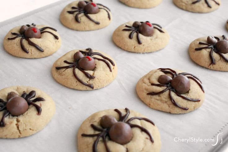 halloween spider cookies holiday cookies halloween cookies halloween ...