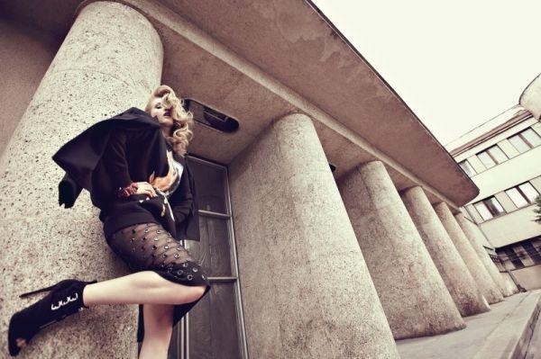 80 remix: cappotti oversize, bomber e pantaloni in pelle. - MarieClaire