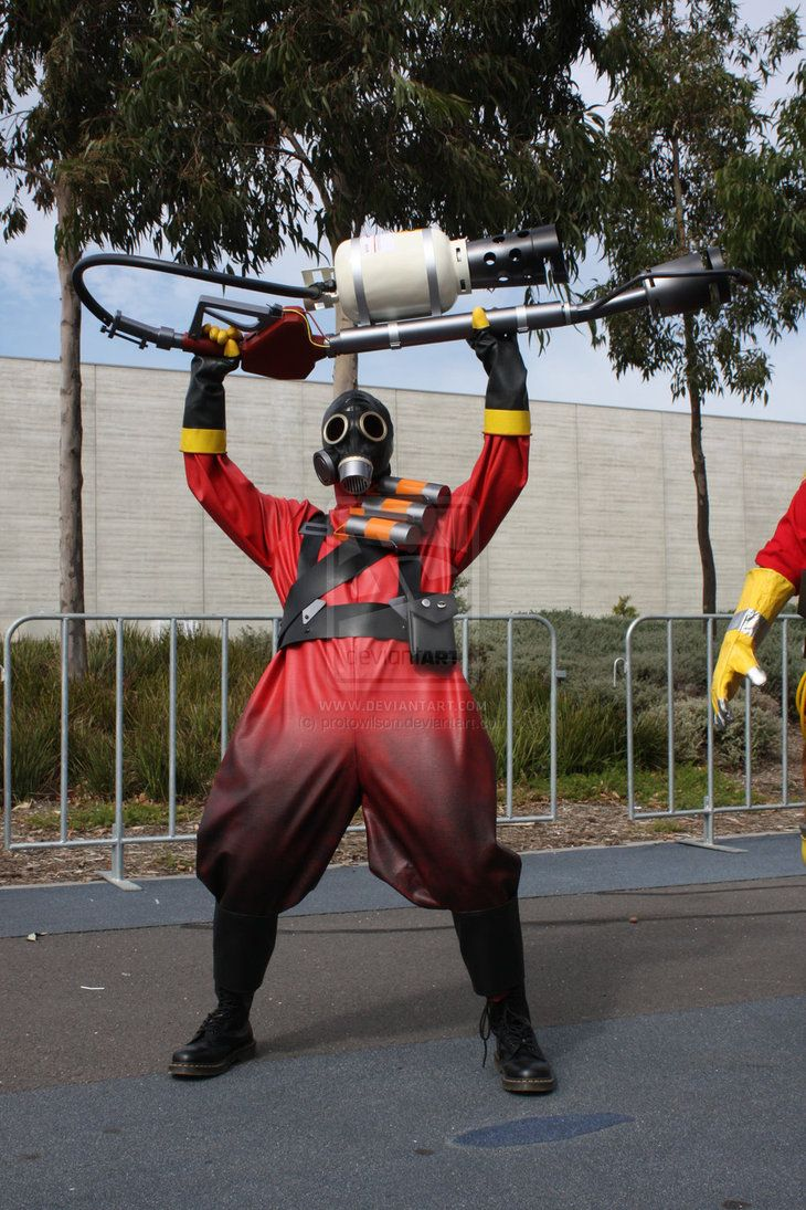 best tf2 pyro cosplay evar
