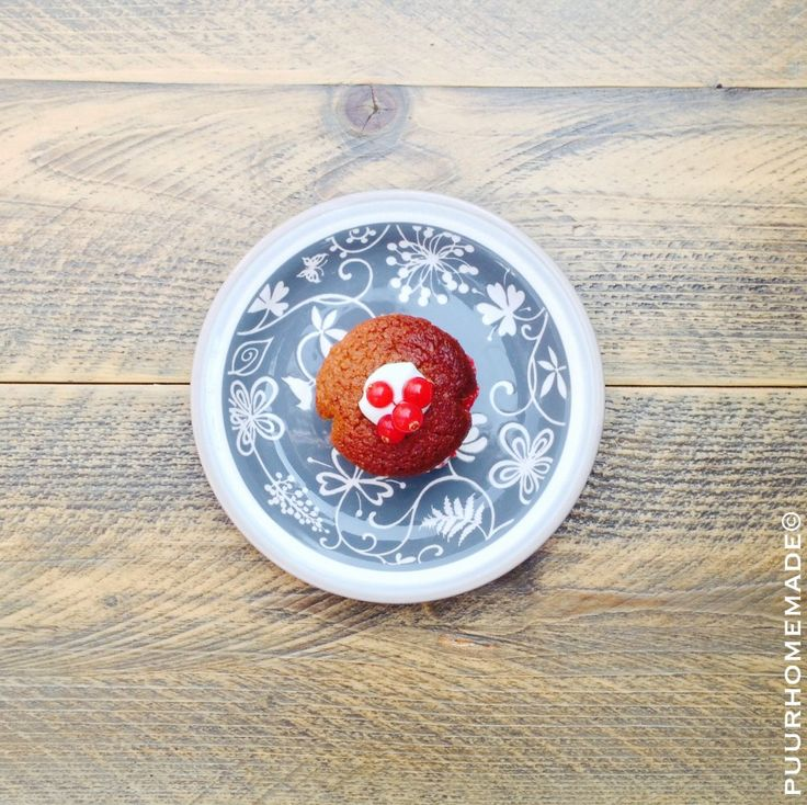 Kaneelmuffin met rode bes-aardbeienjam - Puur Homemade by Cilla Tibbe- www.puurhomemade.nl