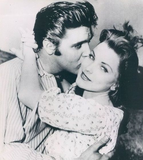 Elvis and Priscilla Presley. Seriously, how pretty can two people be?? ;) @Christina Childress Childress Childress Alexsandra