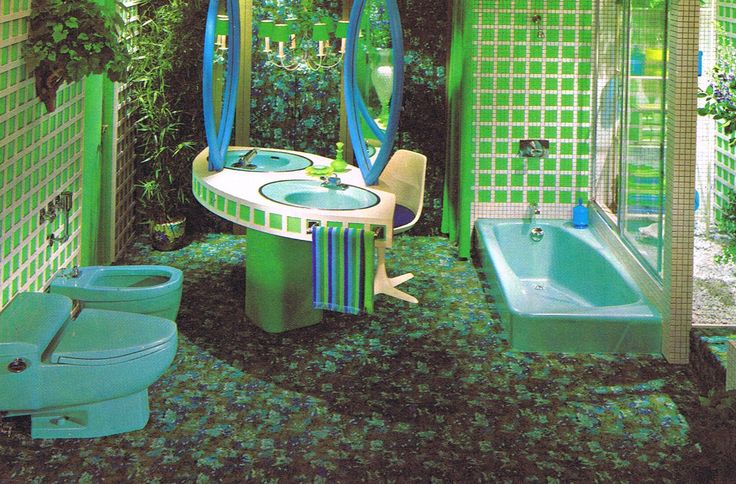 1976 Bath - Not feeling the color scheme nor the vanity, but love the idea of the sunken tub near the atrium.