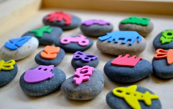Stempel aus Steinen und Moosgummi selber machen