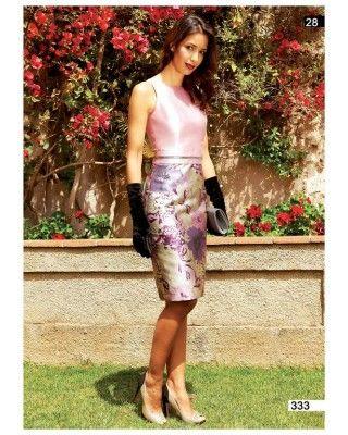 Vestido en tejido de jacquard con falda recta. Disponible en verde y rosa. -  Moda Disparate