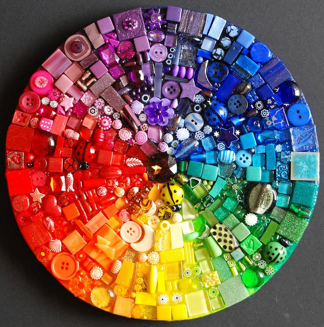 #bottons #mosaic #color #wheel by Laura in Spain