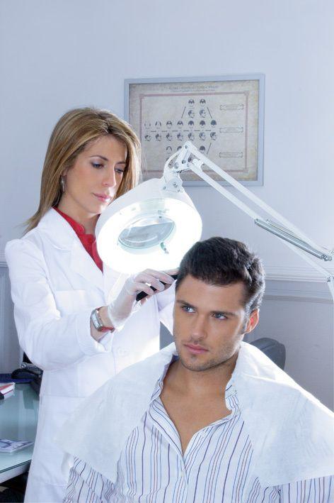 Consulta médica para valoración capilar contra la pérdida de cabello + 2 sesiones de Tratamiento Láser Capilar de $4,900 a $1,499 en Lifelight Hair Recovery [Aplica en todas sus clínicas] | Agenda tu cita:01 (800) 734 2711 y 52452048 | Pide tu Cuponzote: http://bit.ly/1QjixUP