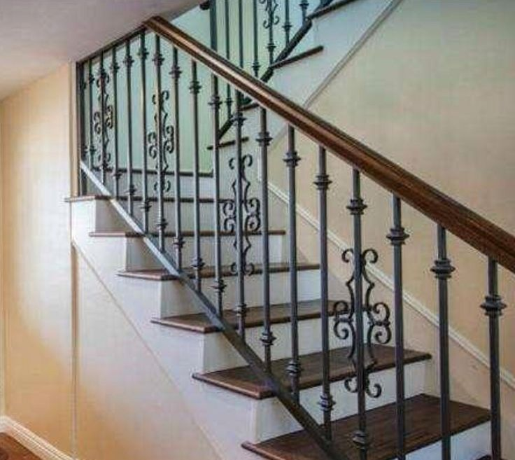 Love The Simple Rustic Iron Staircase Staircases En 2019