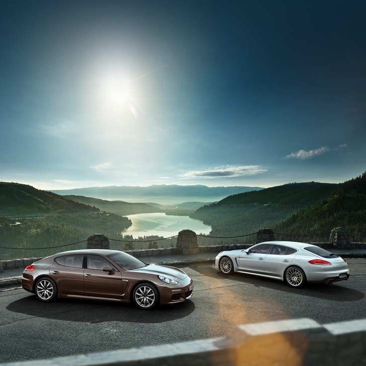 More than 1,500 combinations of exterior colors, interior shades and trims open up a wealth of possibilities for lending your very own signature to the new Panamera. And that's where the fun really starts. Learn more about the new Panamera in our microsite: www.porsche.com/microsite/panamera/default.aspx?deeplink=signature Combined fuel consumption in accordance with EU 5: 10,7-3,1l/100 km; CO2-emission: 249-71 g/km