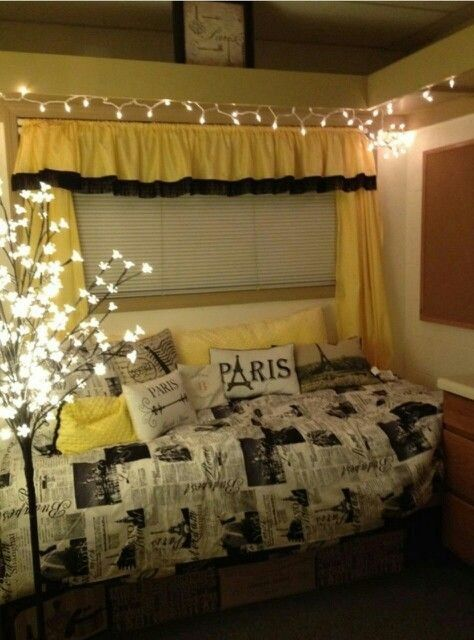 Black and gold college dorm room with a French flair. 245 best Dorm Room at Columbia images on Pinterest