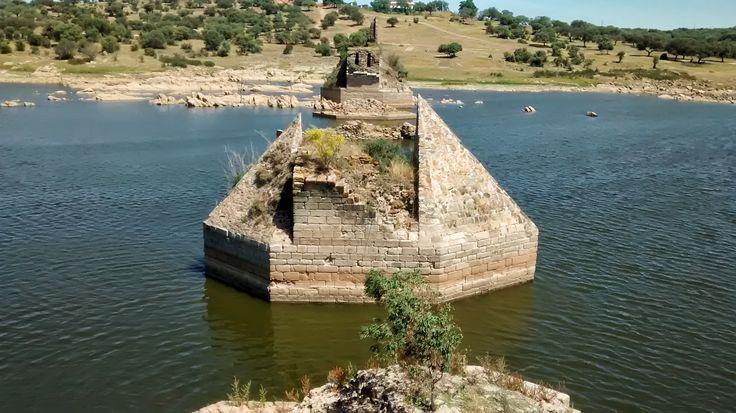 Puente Ajuda. Frontera España y Portugal. Olivenza (Badajoz). Cámara Moto G 3.8Mp y Photoshop CC.