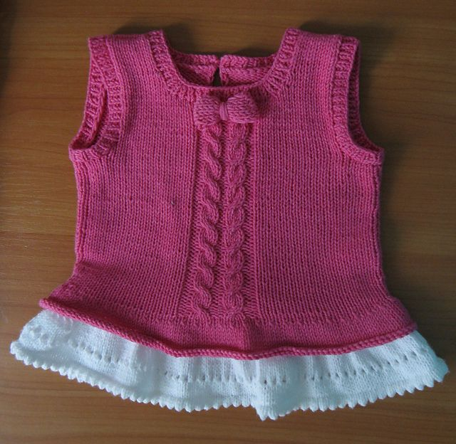 Ravelry: Loulise Baby Tunic pattern by Anna Meier
