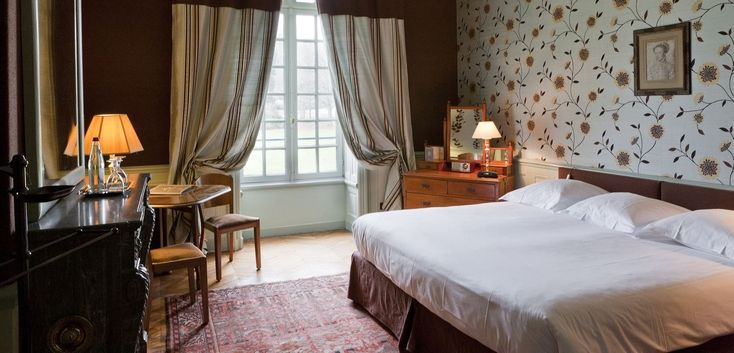 les 98 meilleures images du tableau tapissiers sur pinterest atelier chambres et maisons. Black Bedroom Furniture Sets. Home Design Ideas