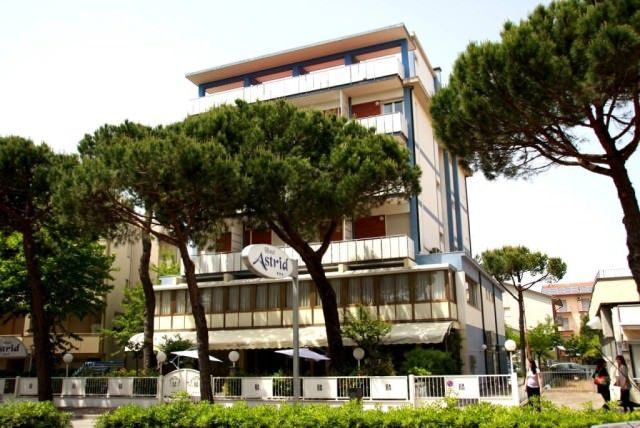 hotel astrid cervia_foto esterno
