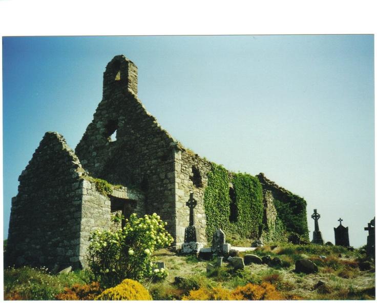 Templemellon Church & Graveyard