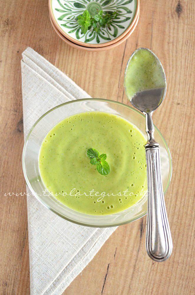 Crema di zucchine - Vellutata di zucchine - Ricetta Crema di zucchine - Tavolartegusto.it