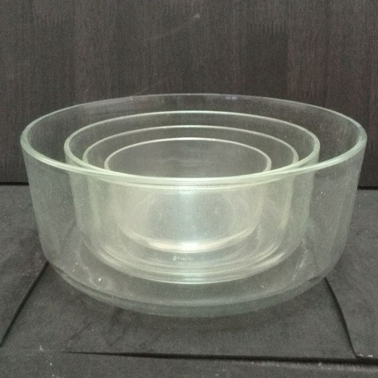 Please make an offer on the set of 4 pieces.Bormioli Rocco Frigoverre 4 Piece Round Glass container without lid.