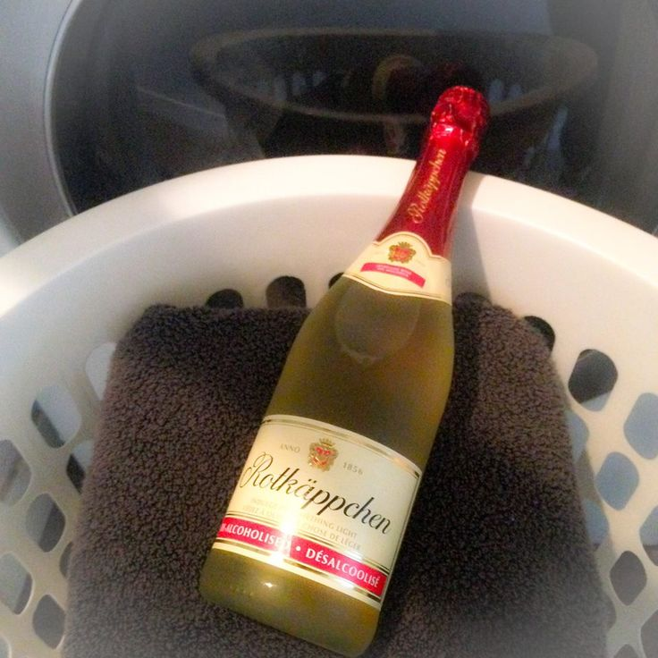 The laundry is DONE! Celebrate the Moment, #SavourTheBubbly! #SparklingWine #TheRealBubbly