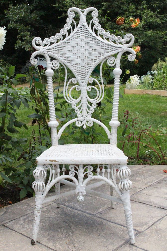 Stunning Antique Victorian Wicker Chair Heywood Wakefield? Lovely