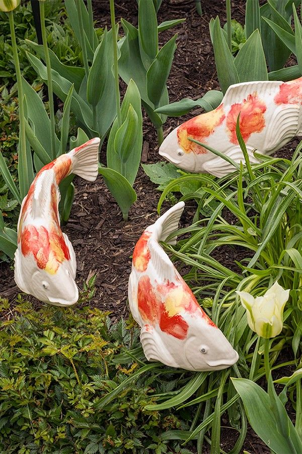 Ceramic Garden Koi Fish In The Garden Kohaku Black Small Left