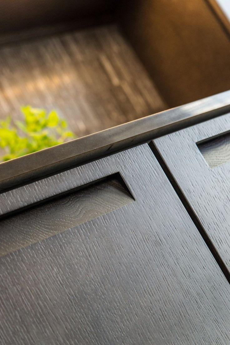 God is in the details, so is architecture and design! Duygu.. Cabinet detail - Warsaw apartment by Republika Architektury.