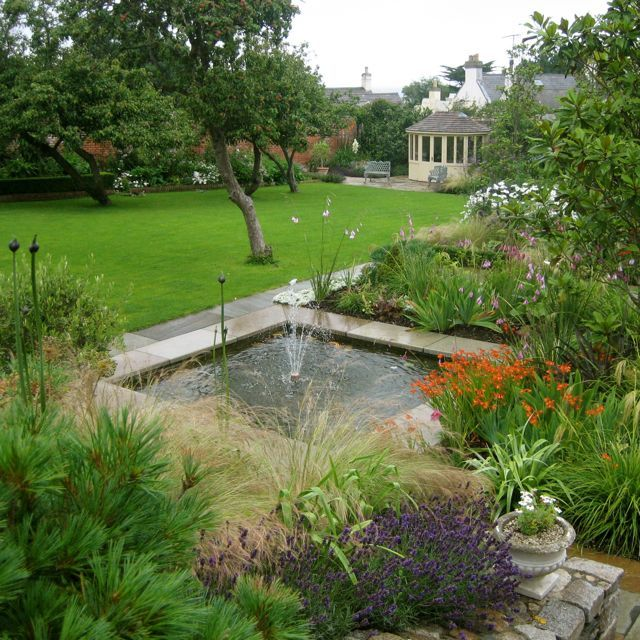 Garden In Dalkey By Howbert And Mays