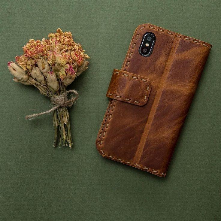 Distressed Genuine Leather iPhone X Case... #saracleather #handcrafted #handmade #leathergoods #leathercraft #iphonex #iphonexcase #instalike #instagood #instastyle #instafashion #fashion #stylish #luxury #applewatch #applewatchband #applewatchstraps #apple #samsung #iphone8case #iphone8pluscase #note8case #galaxys8case #galaxys8pluscase #picoftheday #photooftheday #followforfollow #followme