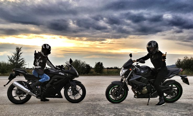 Two girls, two bikes. Kawasaki Ninja 250r & Yamaha XJ6