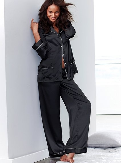 Black Silk Pajamas: Satin Pajamas! And Black -- Ooh I Like These